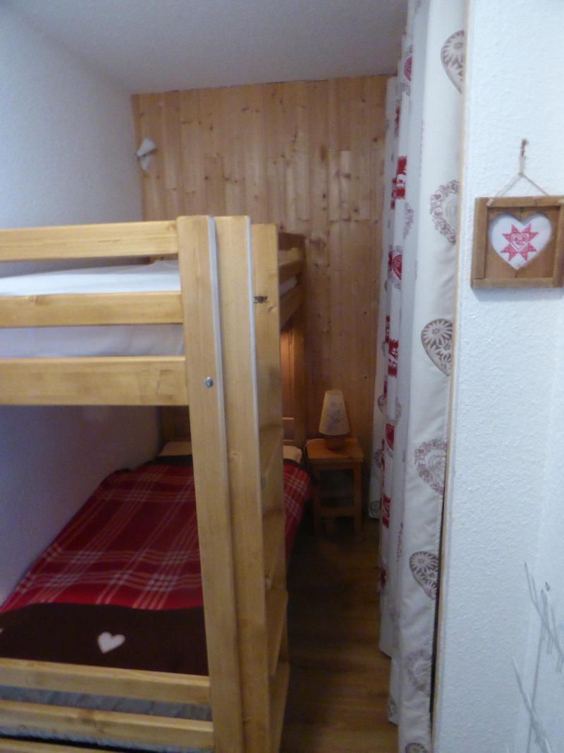 Аренда на лыжном курорте Квартира студия со спальней для 3 чел. (STS168) - Résidence St Sébastien 1 - Aussois - Кровать мезонин