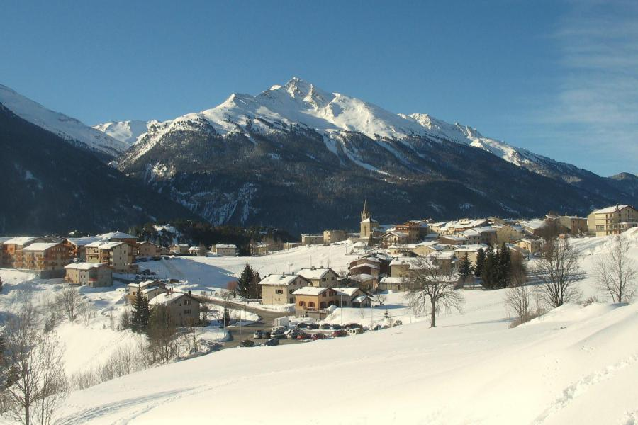 Rent in ski resort Résidences village d'Aussois - Aussois - Winter outside