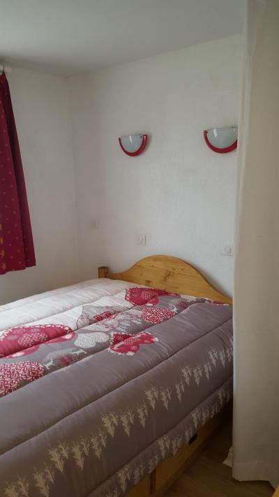 Rent in ski resort 3 room apartment 6 people (H2.195) - La Résidence les Flocons d'Argent - Aussois - Double bed