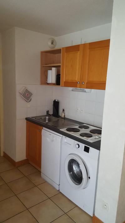 Rent in ski resort 3 room apartment 6 people (H2.195) - La Résidence les Flocons d'Argent - Aussois - Kitchenette