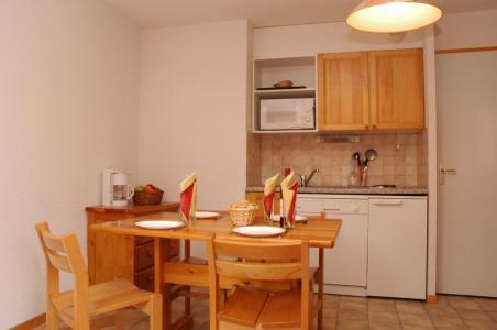 Location au ski Studio coin montagne 3 personnes (213) - Residence La Combe - Aussois - Coin repas