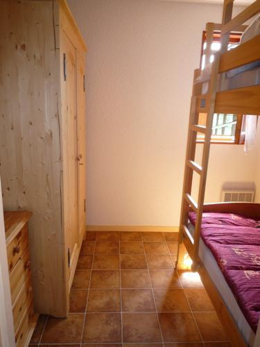 Rent in ski resort 2 room apartment 4 people (214) - Résidence Le Genevray - Aussois - Bunk beds