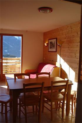 Location au ski Appartement 2 pièces 4 personnes - Residence Les Flocons D'argent - Aussois - Coin repas