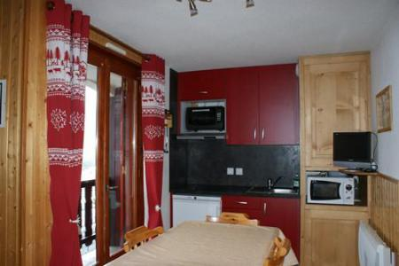 Rent in ski resort Studio sleeping corner 4 people (STS13) - Résidence St Sébastien 1 - Aussois - Kitchenette