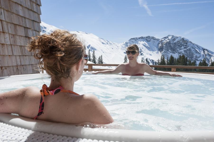 Ski verhuur Résidence P&V Premium l'Amara - Avoriaz - Jacuzzi