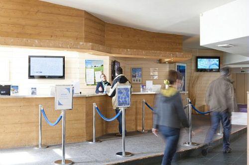 Location au ski Résidence Pierre & Vacances Saskia Falaise - Avoriaz - Réception