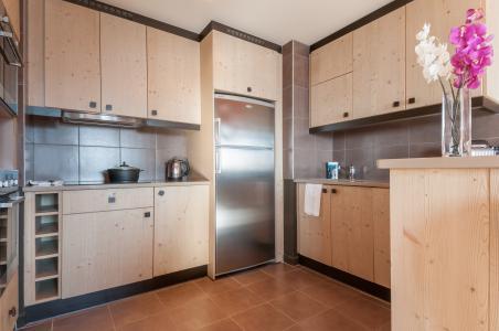 Rent in ski resort Résidence P&V Premium l'Amara - Avoriaz - Kitchen