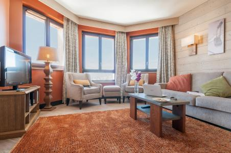 Rent in ski resort Résidence P&V Premium l'Amara - Avoriaz - Living room