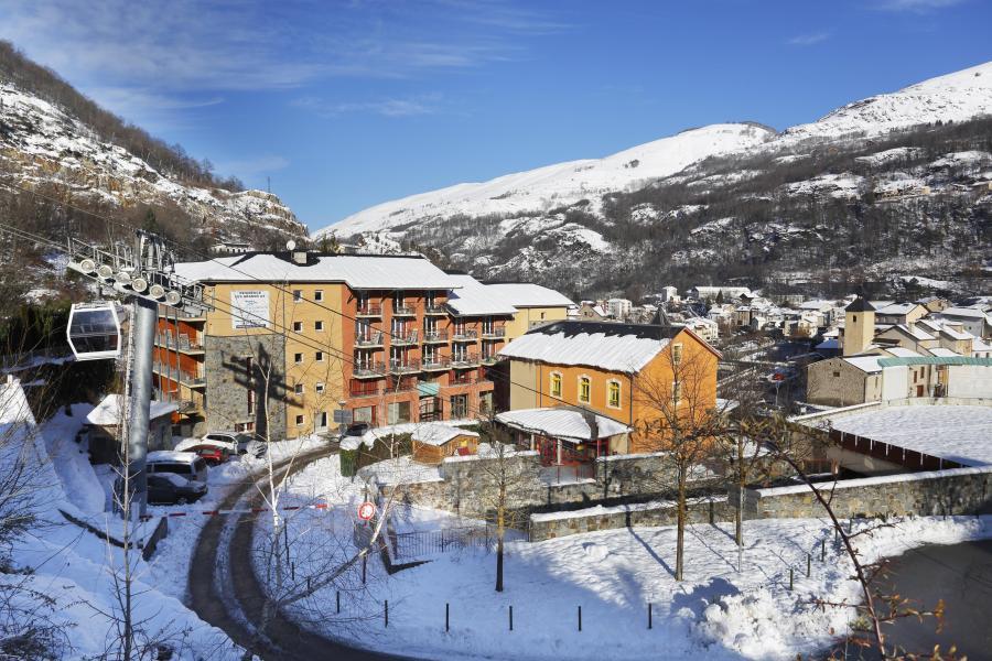 Vacances en montagne Résidence les Grands Ax - Ax-Les-Thermes - Extérieur hiver