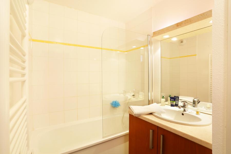 Rent in ski resort Résidence les Grands Ax - Ax-Les-Thermes - Bathroom