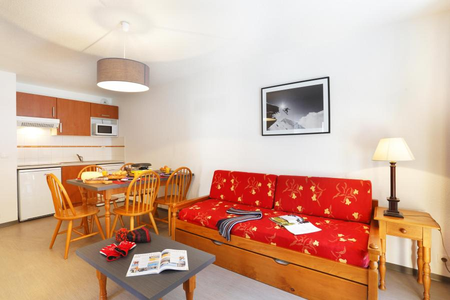 Rent in ski resort Résidence les Grands Ax - Ax-Les-Thermes - Bed-settee