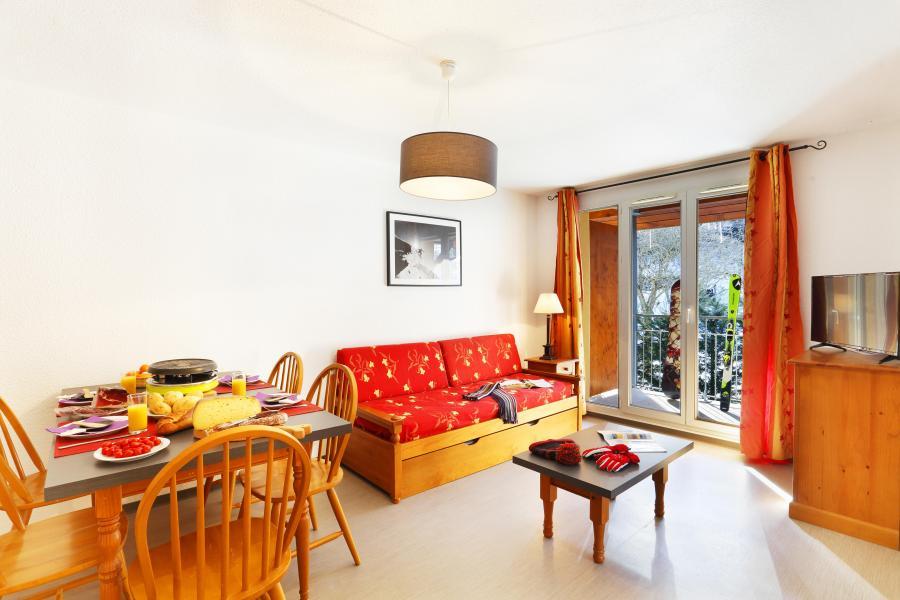 Rent in ski resort Résidence les Grands Ax - Ax-Les-Thermes - Living room