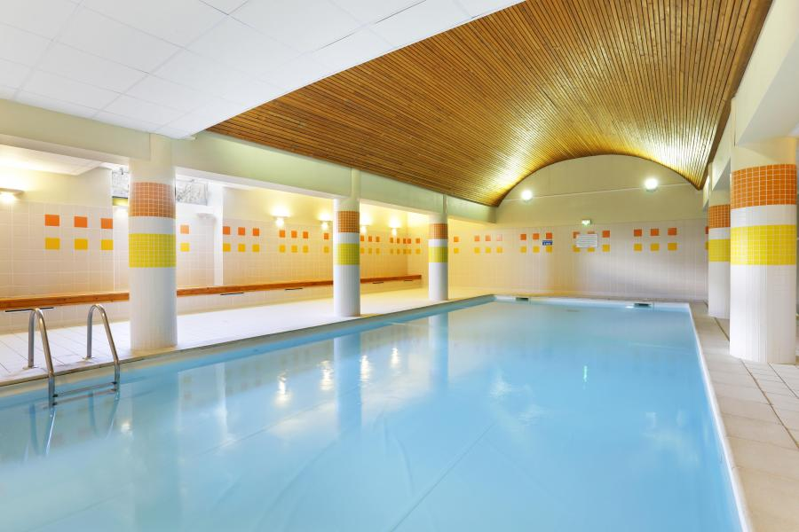 Location au ski Residence Les Grands Ax - Ax-Les-Thermes - Piscine