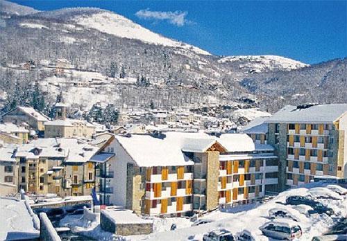 Location au ski Résidence Pierre & Vacances les Trois Domaines - Ax-Les-Thermes - Extérieur hiver
