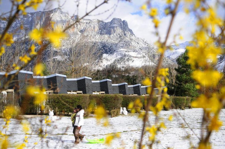 Wynajem na narty VVF Villages les Pyrénées Ariégeoises - Ax-Les-Thermes - Zima na zewnątrz