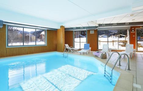 Location au ski Résidence les Balcons d'Ax - Ax-Les-Thermes - Piscine