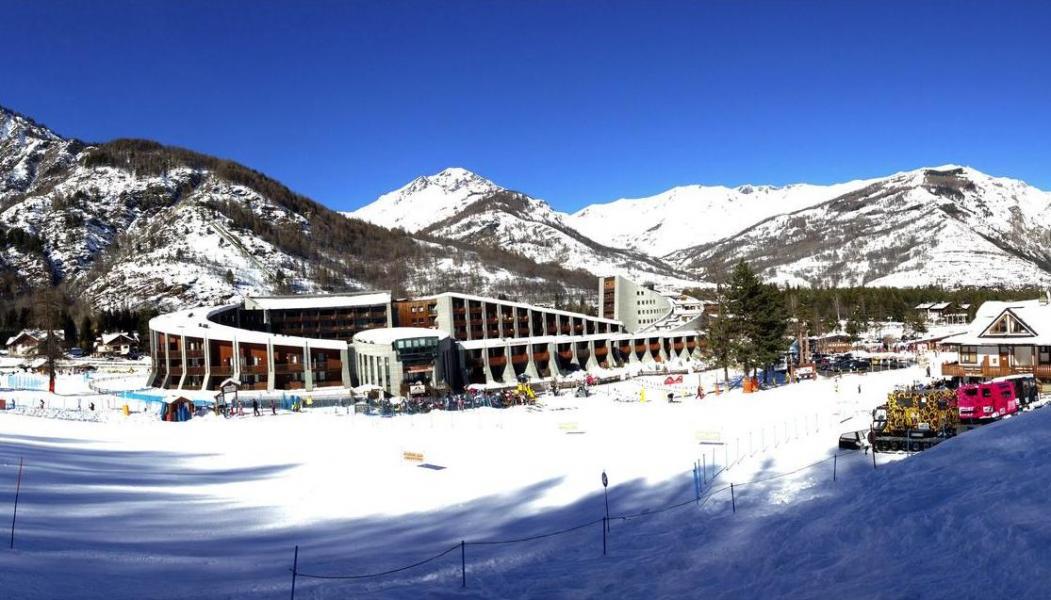 Vacances en montagne Résidence Campo Smith - Bardonecchia - Extérieur hiver