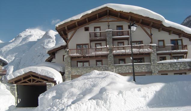 Location au ski Residence Le Clos Vanoise - Bessans - Extérieur hiver