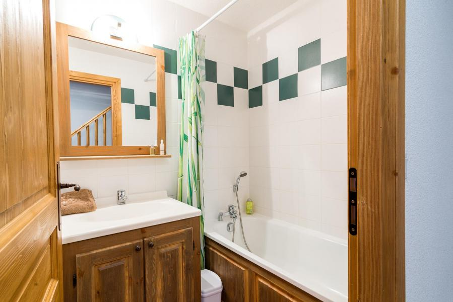 Rent in ski resort Residence Le Clos Vanoise - Bessans - Bathroom