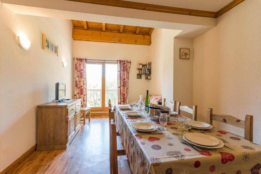 Rent in ski resort Residence Le Clos Vanoise - Bessans - Dining area