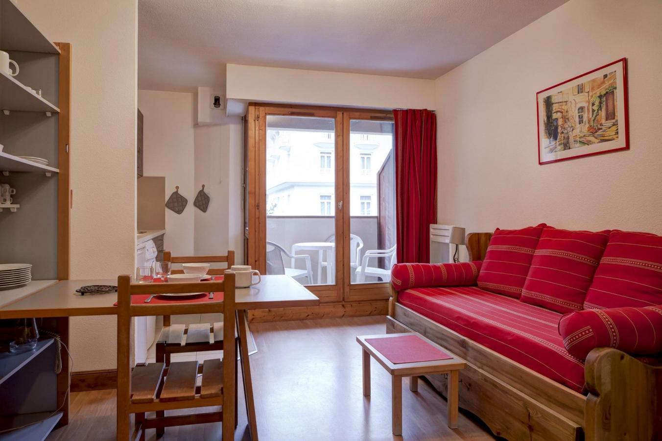Studio coin montagne 4 personnes 216 brides les bains - Office du tourisme brides les bains location ...