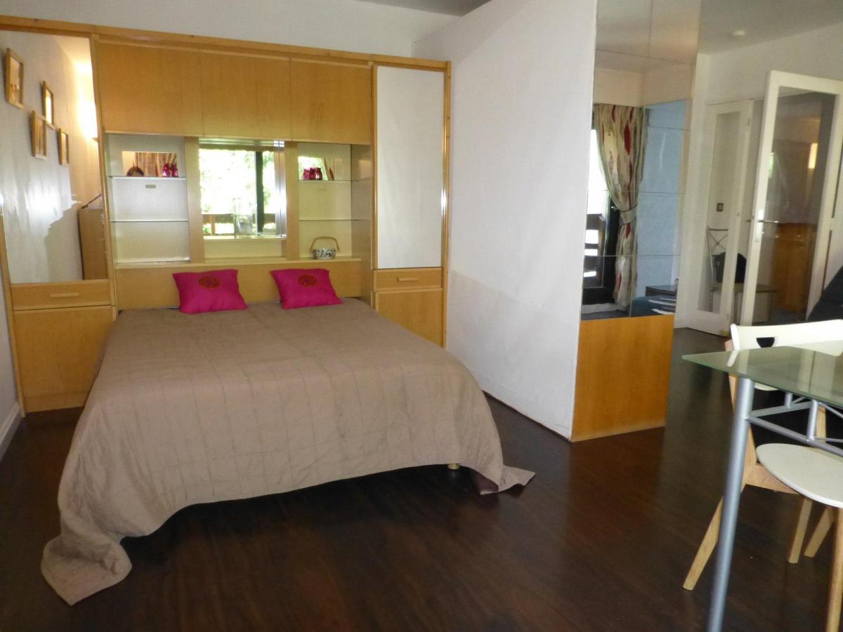 Location au ski Studio coin montagne 4 personnes (B11) - Residence Roseland - Brides Les Bains - Coin nuit