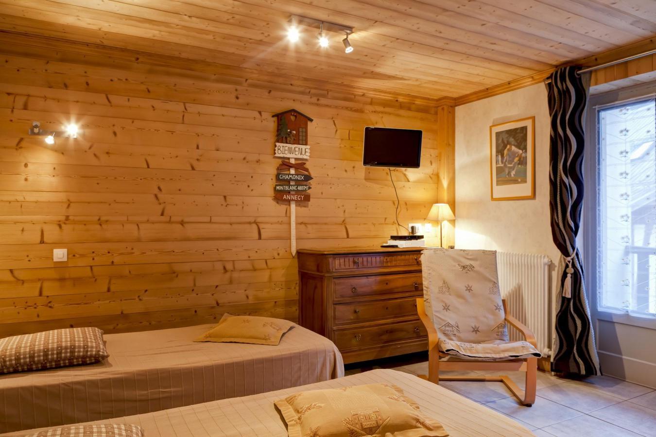 Studio 2 personnes 414 brides les bains alpes du nord - Office du tourisme brides les bains location ...