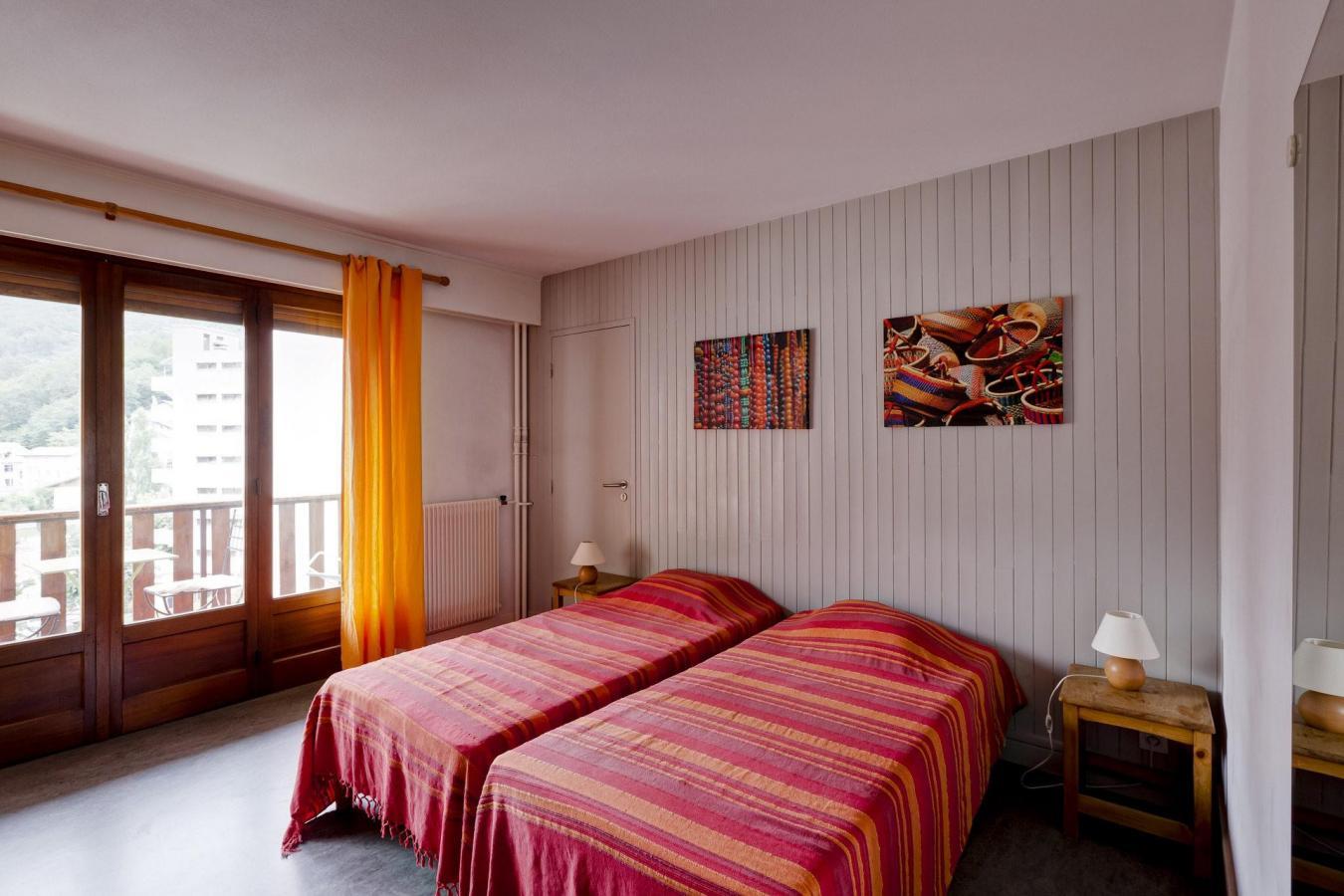 Location au ski Studio 2 personnes (34) - Residence Villa Louise - Brides Les Bains - Lit simple
