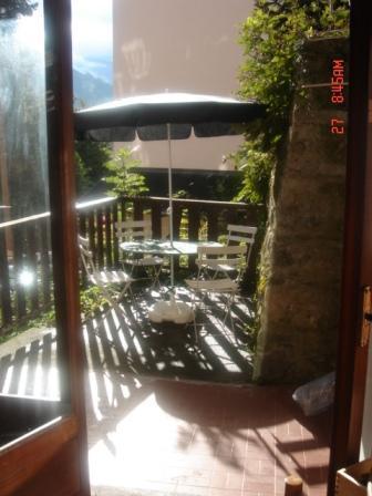 Location au ski Studio 3 personnes (11) - Residence Villa Louise - Brides Les Bains - Table et chaises de jardin