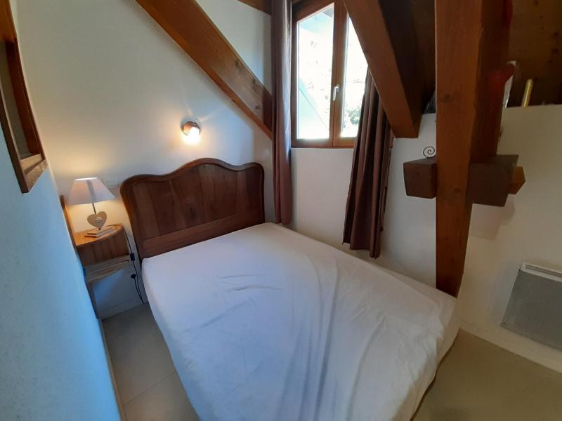 Location au ski Studio mezzanine 3 personnes (15) - Résidence Acquadora - Brides Les Bains