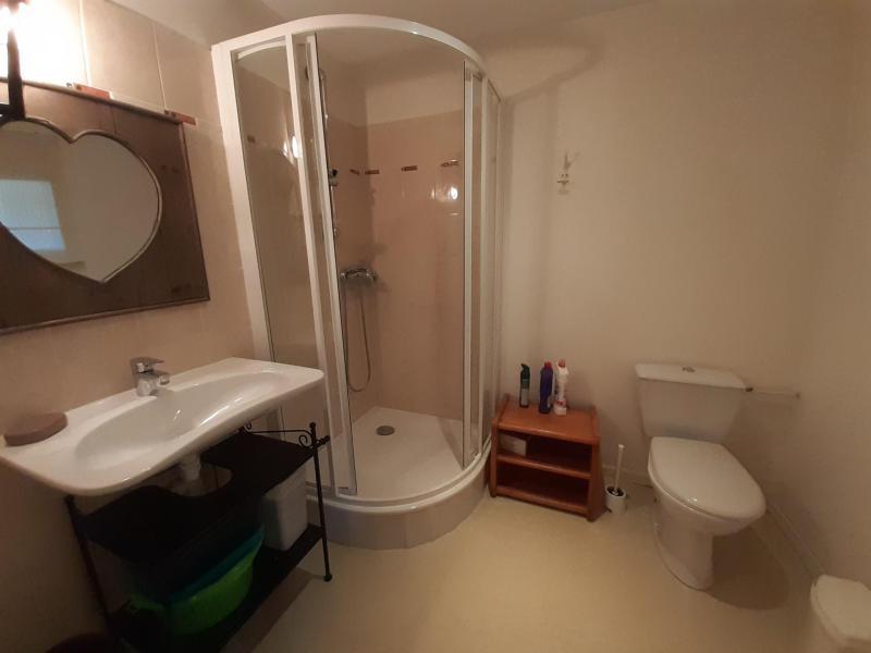 Location au ski Studio mezzanine 3 personnes (15) - Résidence Acquadora - Brides Les Bains - Douche