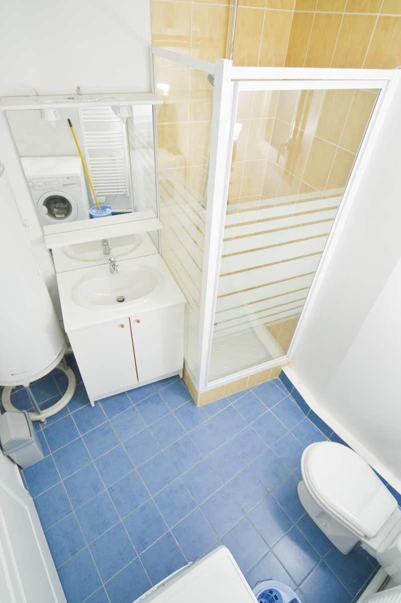Аренда на лыжном курорте Квартира студия для 2 чел. (10.2) - Résidence Alba - Brides Les Bains - Ванная