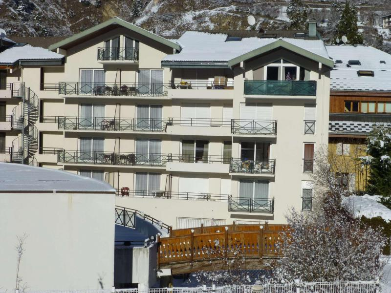 Location au ski Résidence de la Poste - Brides Les Bains - Extérieur hiver