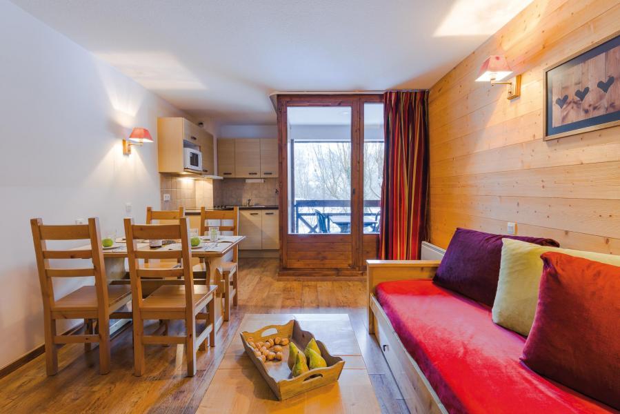 Alquiler al esquí Résidence Lagrange Cybèle - Brides Les Bains - Sofá