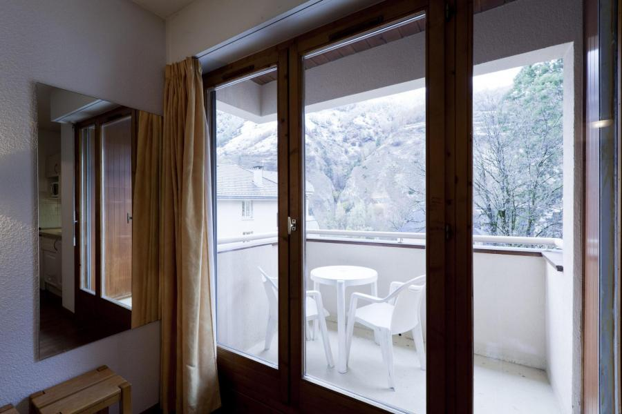 Vacances en montagne Studio 2 personnes (322) - Résidence le Grand Chalet - Brides Les Bains - Extérieur hiver