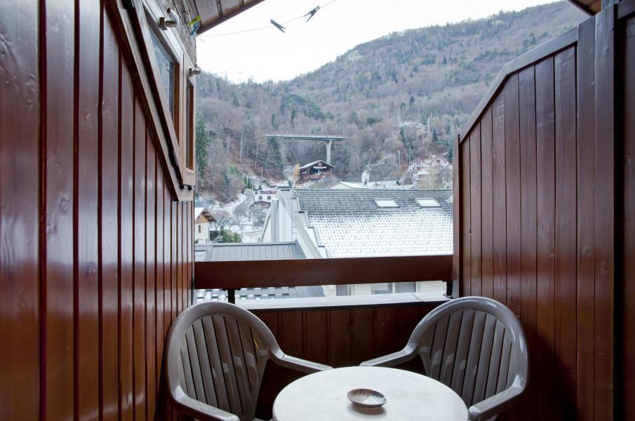Vacances en montagne Studio coin montagne 4 personnes (506) - Résidence le Grand Chalet - Brides Les Bains - Extérieur hiver