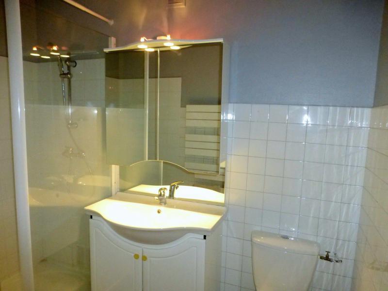 Location au ski Studio 2 personnes (302) - Résidence Royal - Brides Les Bains - Salle d'eau