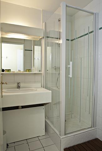 Location au ski Hotel Athena - Brides Les Bains - Salle de bains