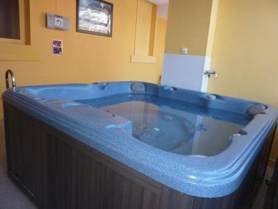 Location au ski Le Golf Hotel - Brides Les Bains - Jacuzzi