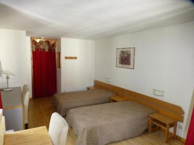 Location au ski Studio coin montagne 4 personnes (2312) - Residence Cybele - Brides Les Bains - Tv