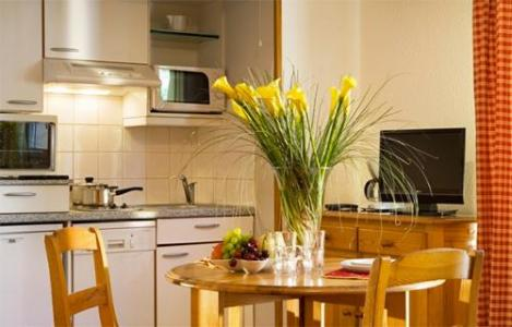 Location au ski Studio 2 personnes (ST2) - Residence Eureca - Brides Les Bains - Coin repas