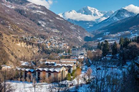 Location au ski Résidence Lagrange Cybèle - Brides Les Bains - Extérieur hiver