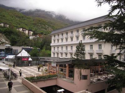 Location au ski Studio 2 personnes (112) - Residence Le Grand Chalet - Brides Les Bains
