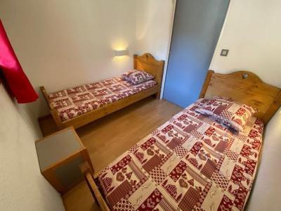 Location au ski Studio cabine 5 personnes (301) - Résidence le Grand Chalet - Brides Les Bains - Extérieur hiver