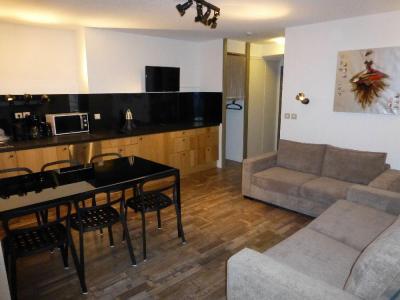 Location au ski Appartement 2 pièces alcôve 6 personnes (116) - Residence Le Grand Chalet - Brides Les Bains - Coin séjour