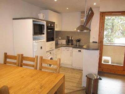 Location au ski Appartement 4 pièces 6 personnes (321) - Residence Le Grand Chalet - Brides Les Bains - Coin repas