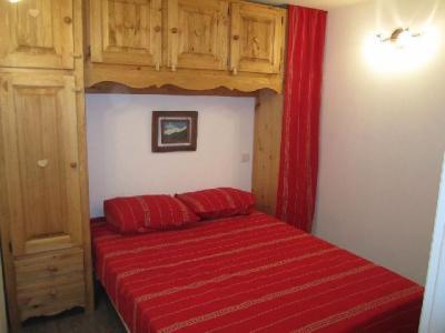 Location au ski Appartement 4 pièces 6 personnes (321) - Residence Le Grand Chalet - Brides Les Bains - Lit double