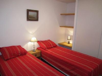 Location au ski Appartement 4 pièces 6 personnes (321) - Residence Le Grand Chalet - Brides Les Bains - Lit simple
