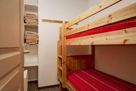 Location au ski Appartement 4 pièces 6 personnes (321) - Résidence le Grand Chalet - Brides Les Bains - Lits superposés