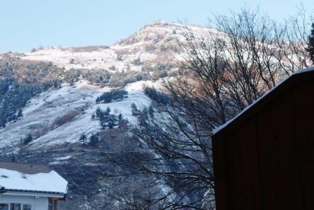 Location au ski Studio 4 personnes (220) - Residence Le Grand Chalet - Brides Les Bains - Extérieur hiver